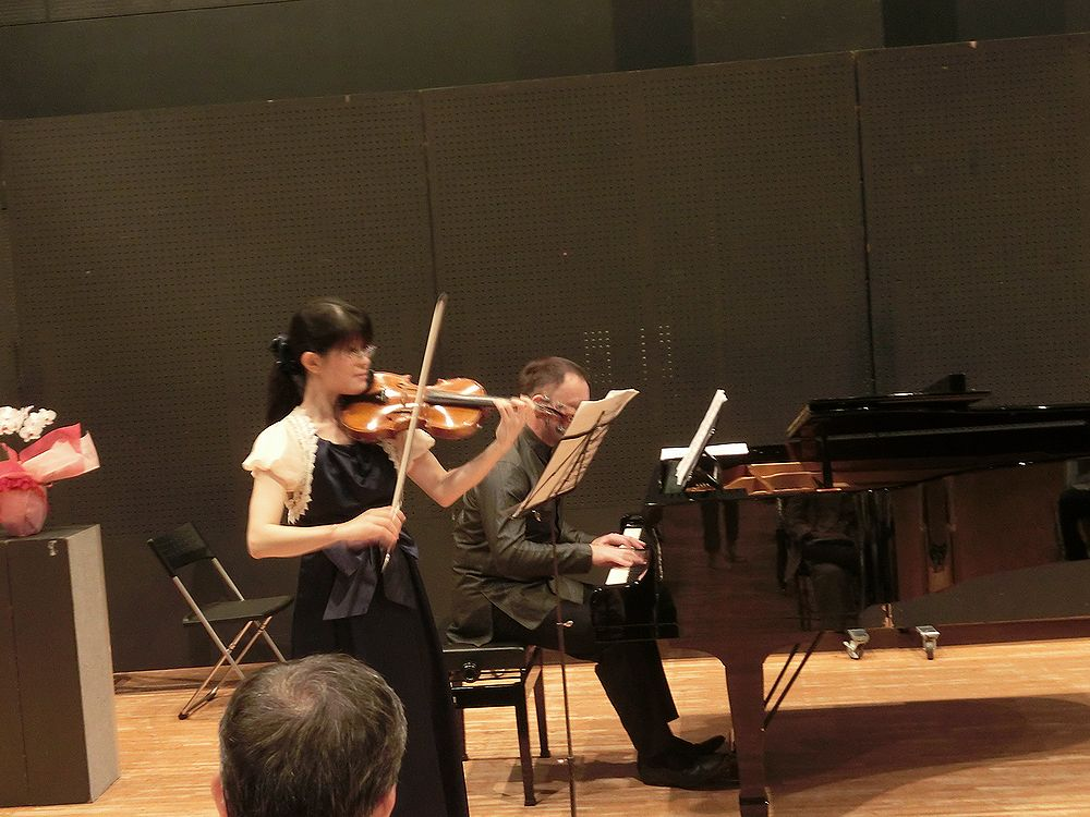第100回特別公演バイオリンとコンチェルト